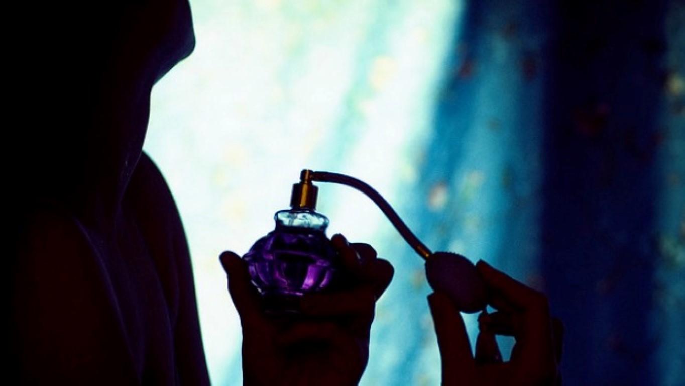 Нов парфем: Колку повеќе се потите, толку подобро мирисате