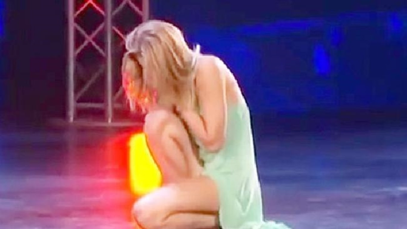 Храброст: За време на настап го скршила носот, но не престанала да танцува