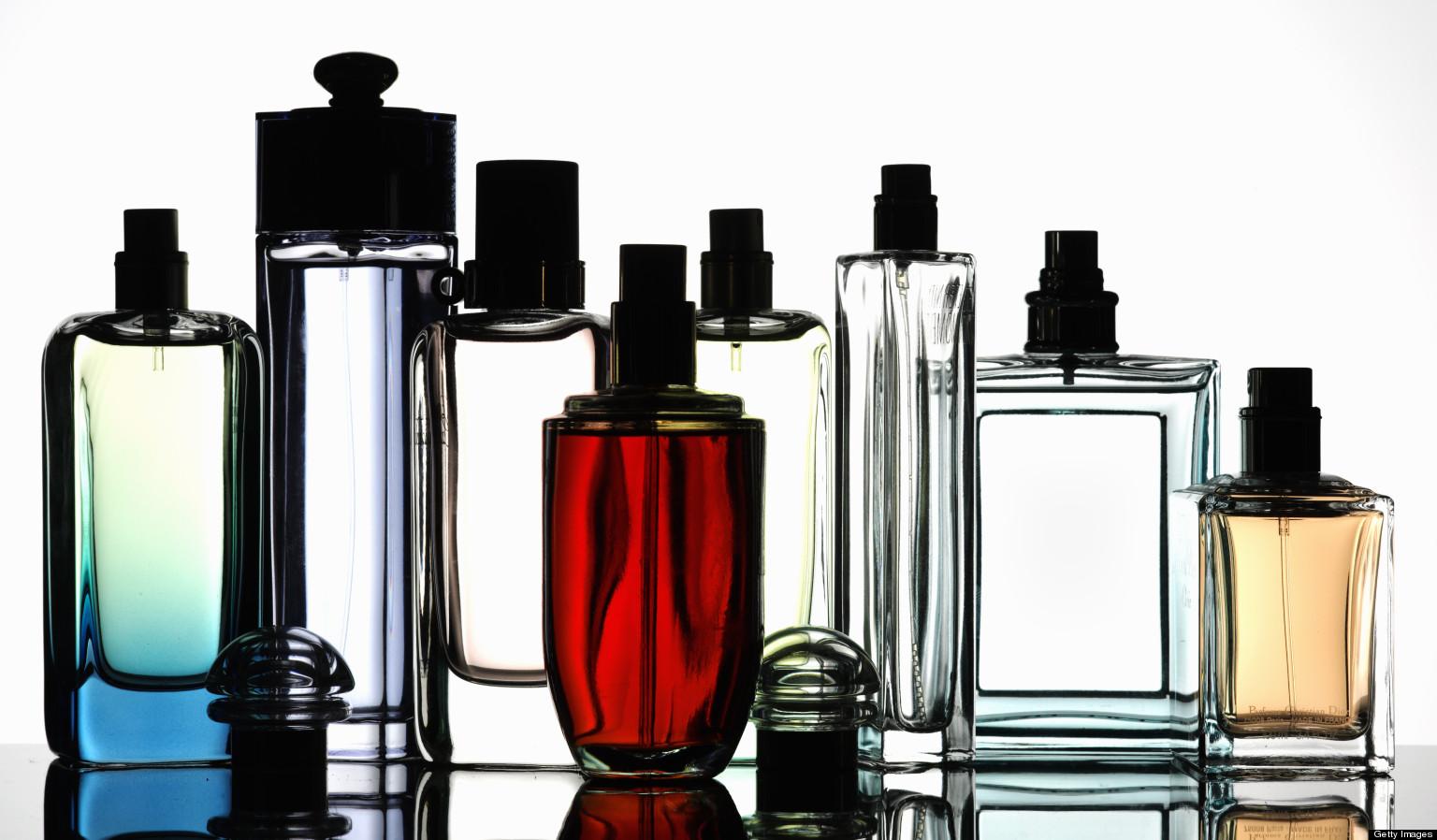 """Како да го продолжите """"животот"""" на омилениот парфем"""
