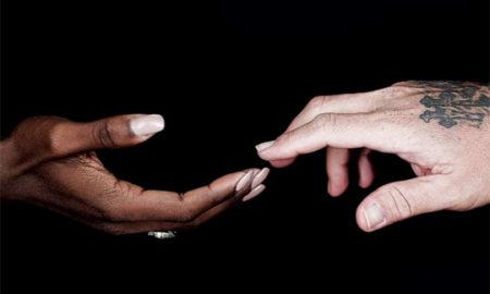 Бритни Спирс, Џеј Ло. Селена Гомез и голем број изведувачи со песна за жртвите во Орландо (ВИДЕО)