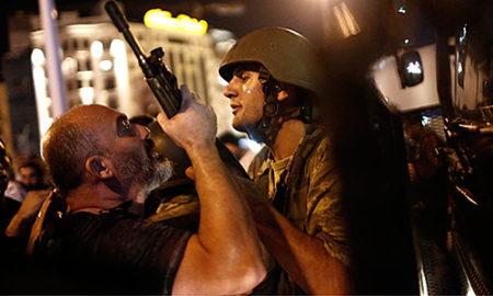 Одново воведена вонредна состојба во Истанбул