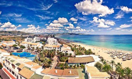 Ова е најскапата плажа во Европа!