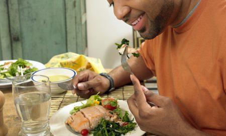 ВО МЕСЕЦОТ НА МАШКОТО ЗДРАВЈЕ: Што треба да јадат мажите зиме