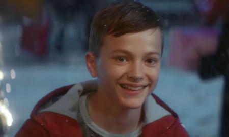 СЕ БЛИЖАТ ПРАЗНИЦИ: Лозано ја испеа песната за празничната реклама на Кока Кола (ВИДЕО)