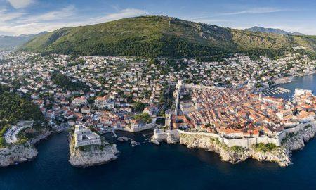 """Дубровник сака да го преполови бројот на туристи од крузери за да го """"спаси"""" градот"""