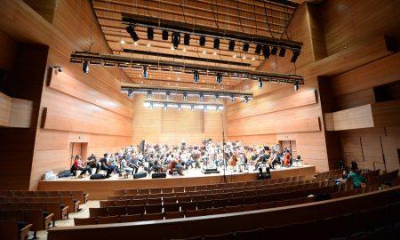 Македонската филхармонија со нов имиџ и програмска концепција ќе ја започне концертната сезона