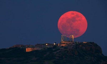 ЈУТЈУБ ПРОПОВЕДНИК: Сонцето ќе се замрачи, Месечината ќе стане крвава!