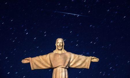 Метеорскиот дожд Персеиди утревечер го достигнува својот максимум