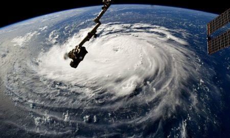 Евакуација на воени бази во САД пред налетот на ураганот Флоренс